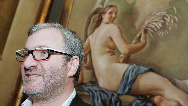 Владелец галереи Триумф Емельян Захаров