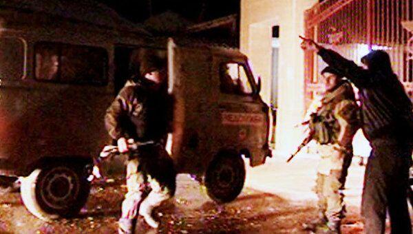 Террористы-смертники устроили два взрыва в Дагестане. Видео с места ЧП