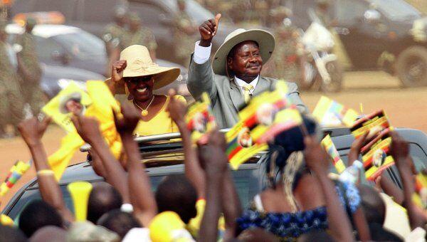 Президент Уганды Йовери Мусевени во время предвыборной кампании