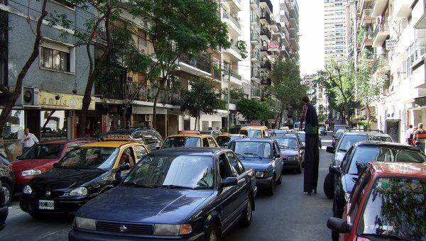 Автомобили в Буэнос-Айресе, архивное фото