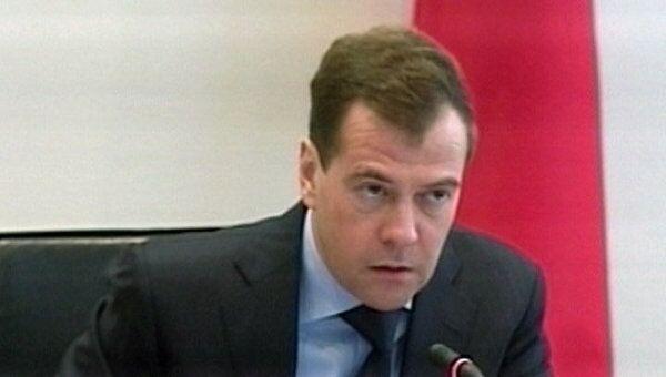 Медведев считает, что арабские революции отразятся на России