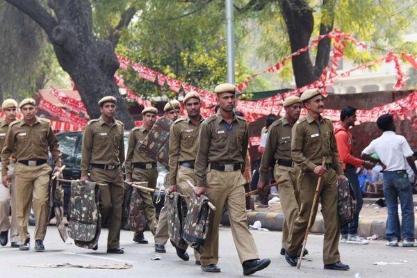 Массовые выступления против роста цен проходят в столице Индии