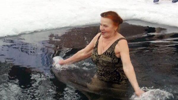 Уфимские моржи отпраздновали последний день Масленицы в проруби