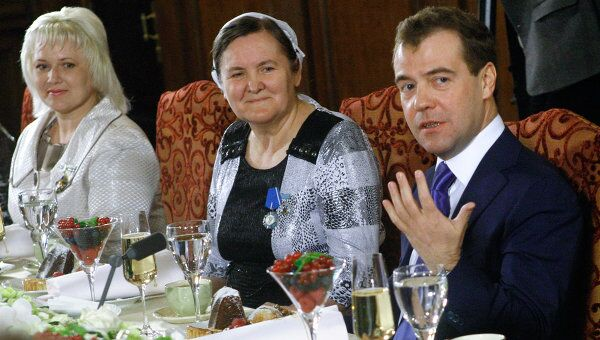 Встреча Дмитрия Медведева с многодетными матерями