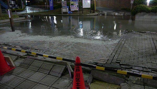 Ситуация в Японии после серии подземных толчков