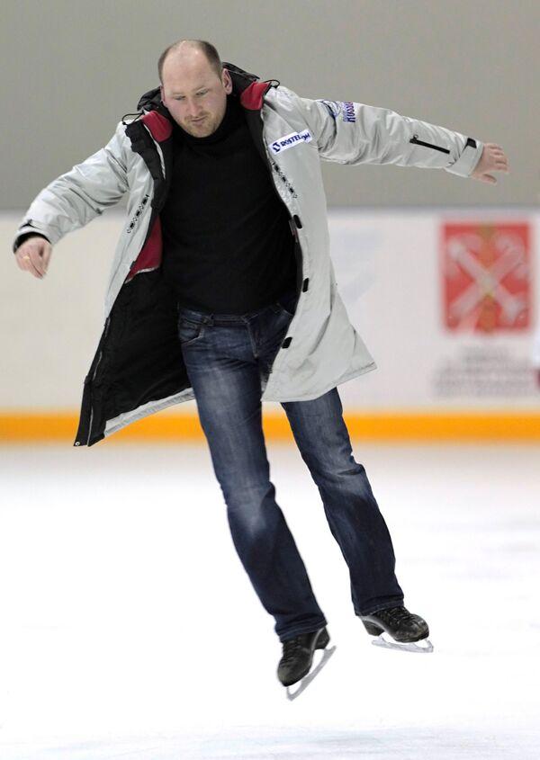 Евгений Рукавицын