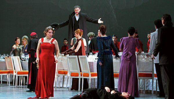 Предпремьерный показ оперы Иудейка в постановке Арно Бернара в Михайловском театре Санкт-Петербурга