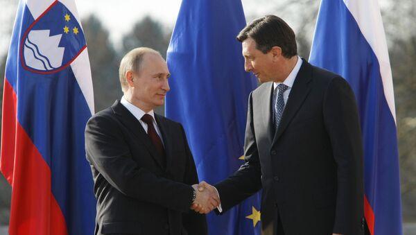 Совместное фотографирование В.Путина с председателем правительства Республики Словении Борутом Пахором. 22 марта 2011 года