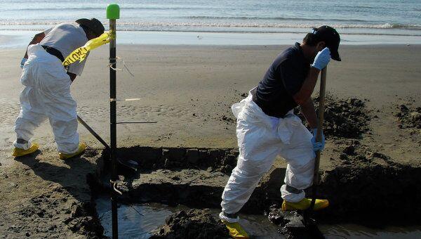 Очистка от нефти побережья Мексиканского залива