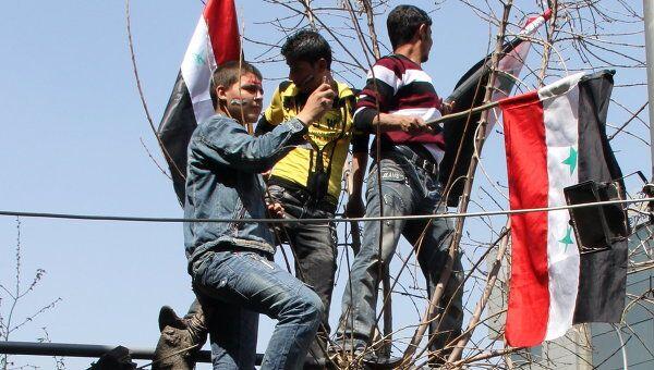 Манифестация в поддержку правящего режима прошла в центре Дамаска