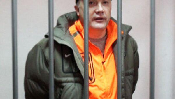 Подозреваемый в убийстве утверждает, что его приняли за другого