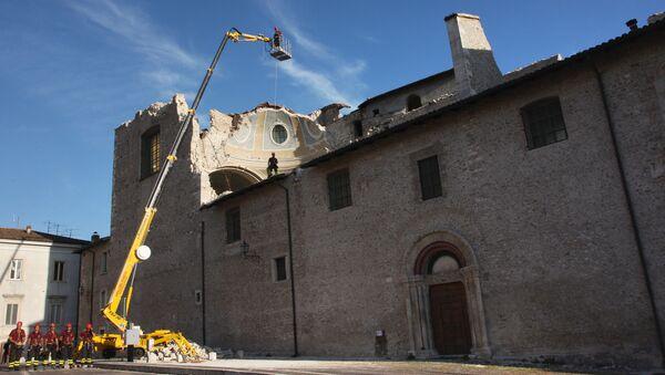 Аквил после землетрясения. Архивное фото