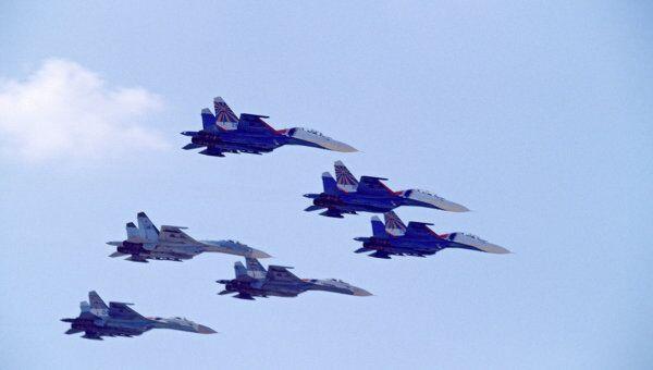 Пилотная группа Русские витязи СУ-27