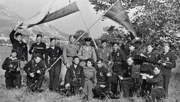 Группа партизан, сражавшихся за освобождение Югославии от немецко-фашистских захватчиков