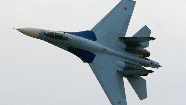 Демонстрационные полеты истребителя СУ-27