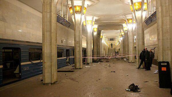 На станции метро Октябрьская в Минске после взрыва