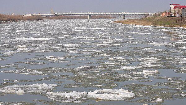 Ледоход на реке Иртыш