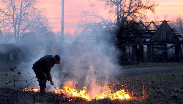 Гомельская область - зона отчуждения Чернобыльской АЭС. Архивное фото