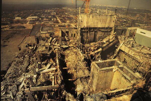 """Фотография из Альбома Игоря Костина Чернобыль, Исповедь репортера"""""""