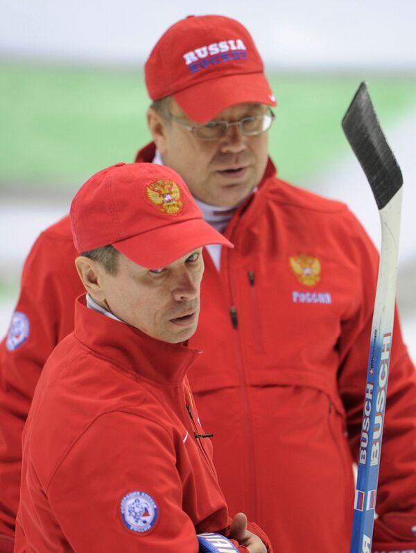 Вячеслав Быков , Игорь Захаркин (слева направо)
