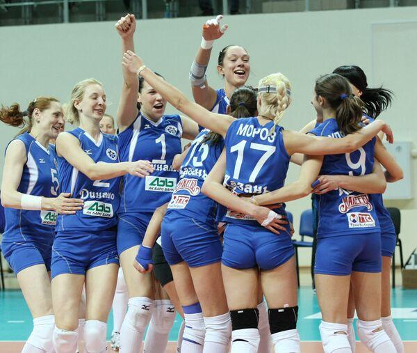 Волейболистки Динамо (Казань)