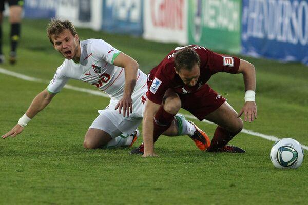 Игровой момент матча Рубин - Локомотив