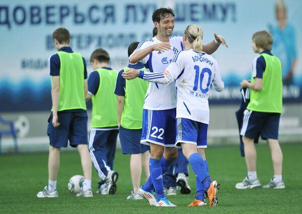 Кевин Кураньи и Андрей Воронин (на первом плане слева направо)