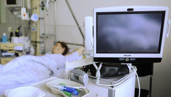 Пострадавший в результате кишечной инфекции пациент. Архив