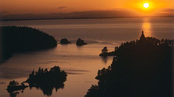 Остров Валаам вечером. Архивное фото