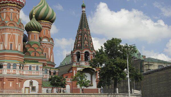 Колокольня Покровского собора (храм Василия Блаженного). Архив