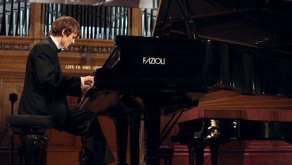 Александр Лубянцев, получивший независимый приз критиков в специальности Фортепиано на XIV Международном конкурсе имени Чайковского