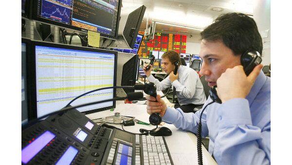 Аналитики: торги пятницы начнутся на рынке акций РФ ростом индексов