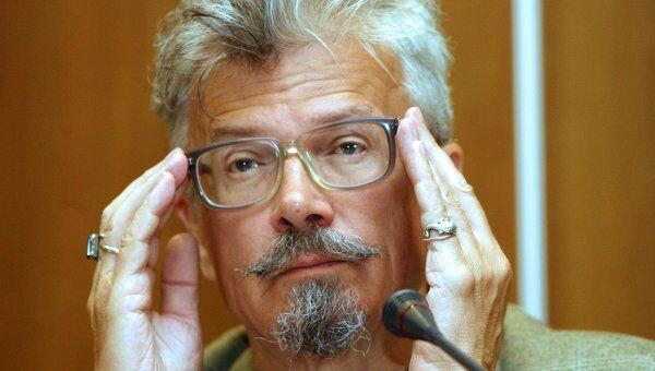 Один из лидеров движения Другая Россия Эдуард Лимонов