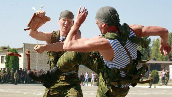 Празднование Дня Воздушно-десантных войск в 247-м десантно-штурмовом кавказском казачьем полку в Ставрополе