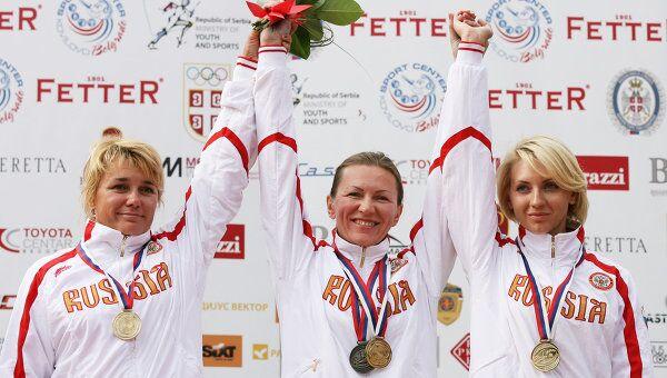 Ирина Ларичева, Елена Ткач, Татьяна Барсук (слева направо)