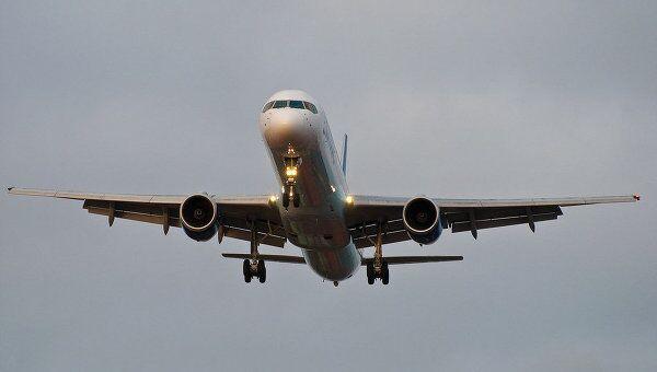 Самолет приземлился в 21.48 мск, никто не пострадал