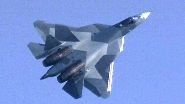 ПАК ФА Т-50 показал фигуры высшего пилотажа на МАКС -2011