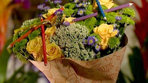 Букет к 1 сентября: экономим на цветах и продлеваем жизнь букету