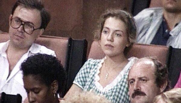 Журналист Татьяна Малкина на пресс-конференции ГКЧП в августе 1991 года