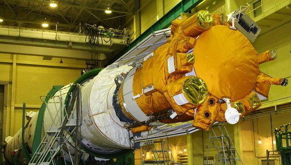 Спутник Коронас-Фотон перед запуском