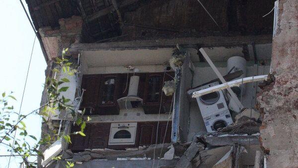 Причиной обрушения стены жилого дома 23 августа в центре Владивостока стал большой износ конструкций и фундамента
