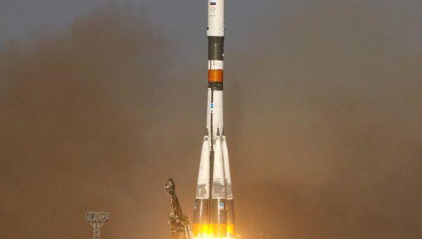 Запуск РН Союз-У с грузовым кораблем Прогресс М-12М