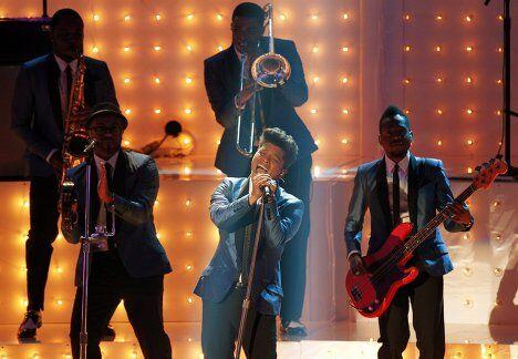 Певец Бруно Марс на вручении наград MTV Video Music Awards