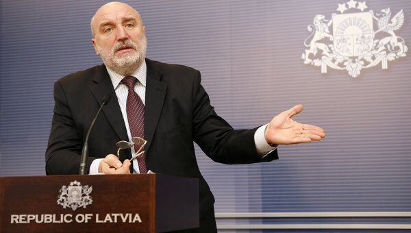 Премьер-министр Латвии Иварс Годманис подал в отставку