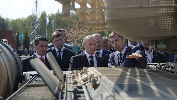 Премьер-министр РФ В.Путин посетил Российскую выставку вооружения. Нижний Тагил – 2011
