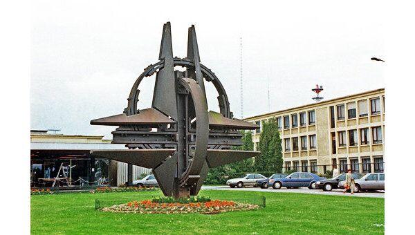 Штаб-квартира НАТО. Архив