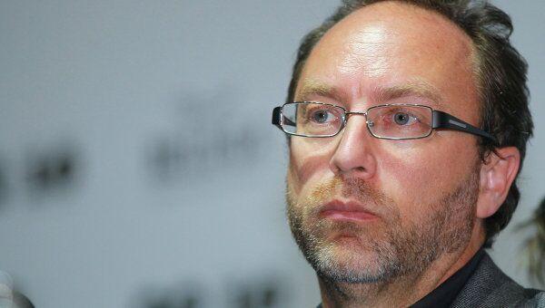 Основатель Википедии Джимми Уэйлс