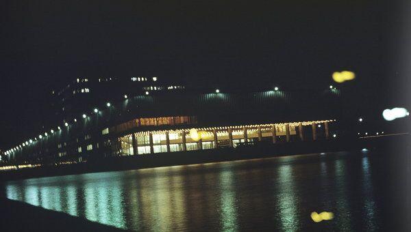 Вид на телецентр Останкино ночью. Архив