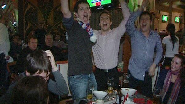 Российские болельщики стоя аплодировали голу в ворота Словакии