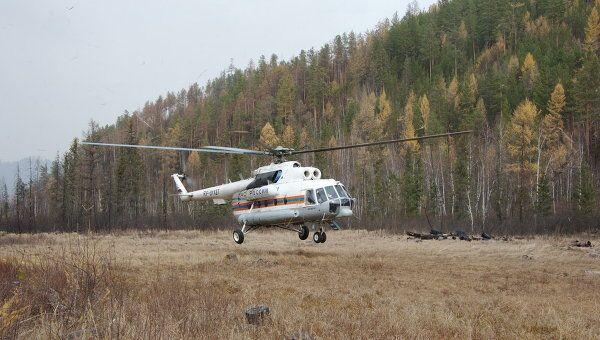 Вертолет Ми-8 на тушении лесных пожаров в Забайкалье. Архив